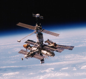 Выход  космос